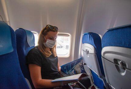 Veilig vliegen tijdens corona: de regels en mijn ervaring